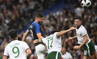 Giroud ouvre le score