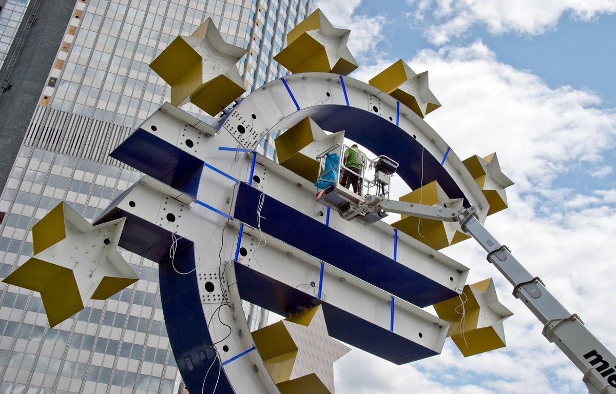 La BCE a abaissé son taux directeur à 0% le 10 mars 2016. – BORIS ROESSLER / DPA / AFP