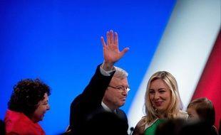 """Le Premier ministre d'Australie, le travailliste Kevin Rudd, a promis dimanche de """"se battre jusqu'au dépôt dans l'urne du dernier bulletin"""", une semaine avant les élections générales où sa formation est donnée perdante face aux conservateurs, selon les derniers sondages."""