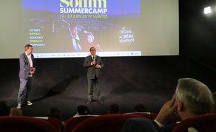 François Hollande, lors de sa présentation du film « Usual Suspects». Sous les yeux d'un certain Jean-Marc Ayrault.