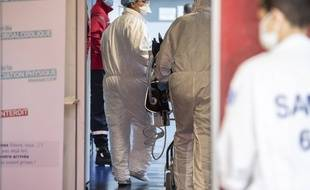 Coronavirus: Plus de 500 nouveaux décès en 24 heures (Illustration)