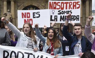 EN 2018, lors de l'affaire similaire de la meute, les manifestants espagnoles étaient descendus dans la rue.