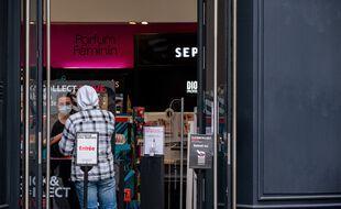 Les commerces, fermés en novembre, ont souffert mais moins qu'au printemps, peut-être grâce au click and collect.