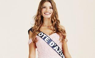 Miss Côte d'Azur a l'habitude des objectifs, elle n'avait que 3 mois à son premier shooting