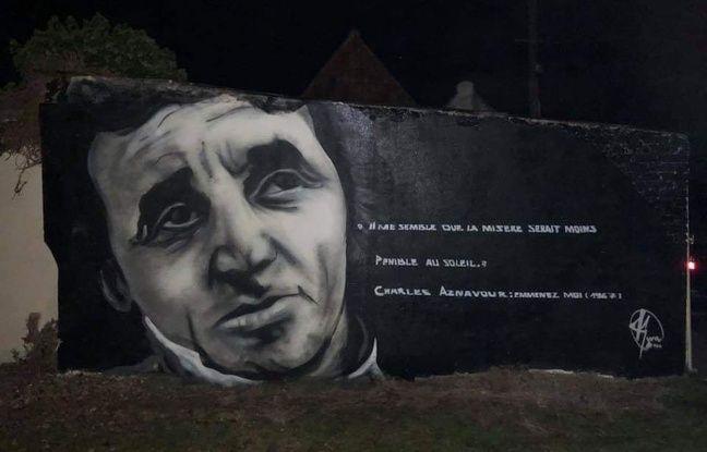 Portrait d'Aznavour, réalisé par l'artiste Kmu dans le village de Balinghem.