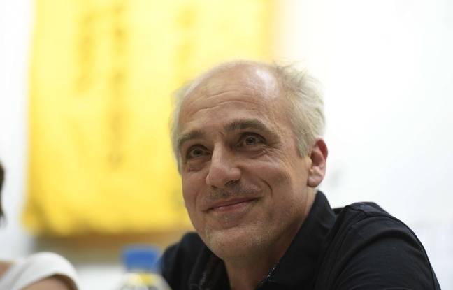 Philippe Poutou lors de son meeting à Saint-Denis le 7 mars 2017.