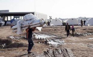 Les Nations unies ont annoncé mercredi la mort de plus de 60.000 personnes dans le conflit qui fait rage depuis 21 mois en Syrie où les redoutables chasseurs-bombardiers du régime intensifiaient les raids meurtriers et les combats ne connaissaient aucun répit.