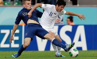 Le défenseur de l'équipe de France des moins de 20 ans, Lucas Digne (à g.), lors du championnat du monde des U20 le 6 juillet 2013 à Rize en Turquie.