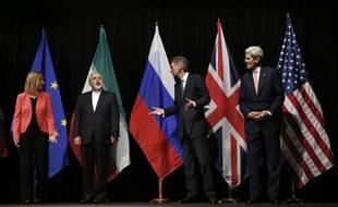 A Vienne, le 14 juillet 2015 les six grandes puissance engagées dans les pourparlers ont trouvé un accord avec l'Iran sur son programme nucléaire.