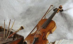 Le fameux violon ayant appartenu à Jean-AugusteDominique Ingres.