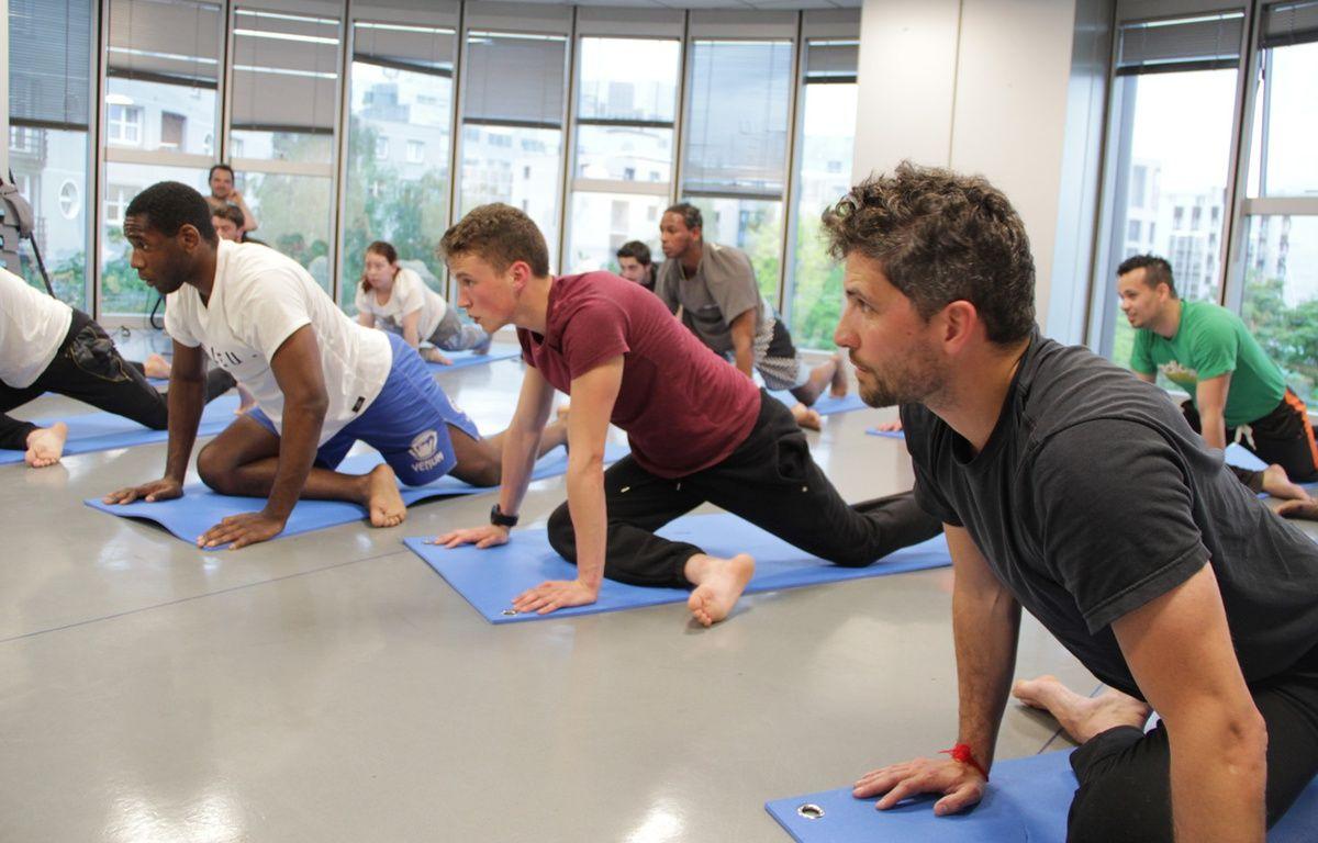 Un cours de yoga – Sébastien Labarbe / CFI