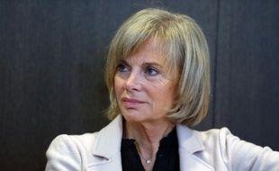 """Élisabeth Guigou, ex-garde des Sceaux (PS), interrogée jeudi sur les menaces de mort proférées contre le juge Jean-Michel Gentil, a parlé de """"responsabilité des amis de Nicolas Sarkozy""""."""