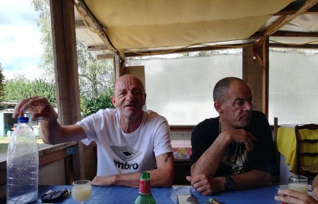 Un habitué du camping le moins cher de France et Gégé, le gérant, devenu un ami.
