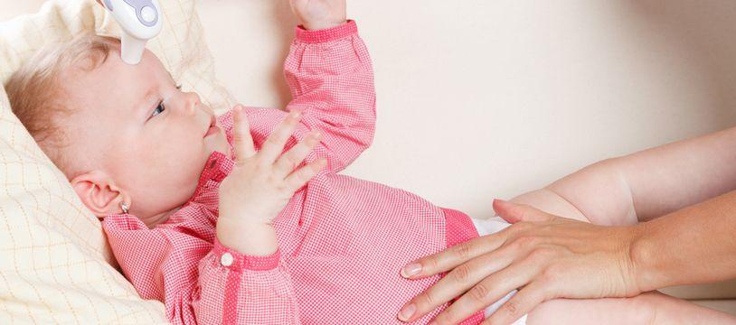 Voici une sélection des meilleurs thermomètres pour bébé.