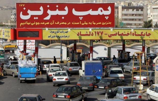 Les pays de l'Union européenne se sont mis d'accord lundi matin pour frapper l'Iran d'un embargo pétrolier graduel ainsi que pour sanctionner sa banque centrale afin d'assécher le financement de son programme nucléaire, a indiqué à l'AFP une source diplomatique.
