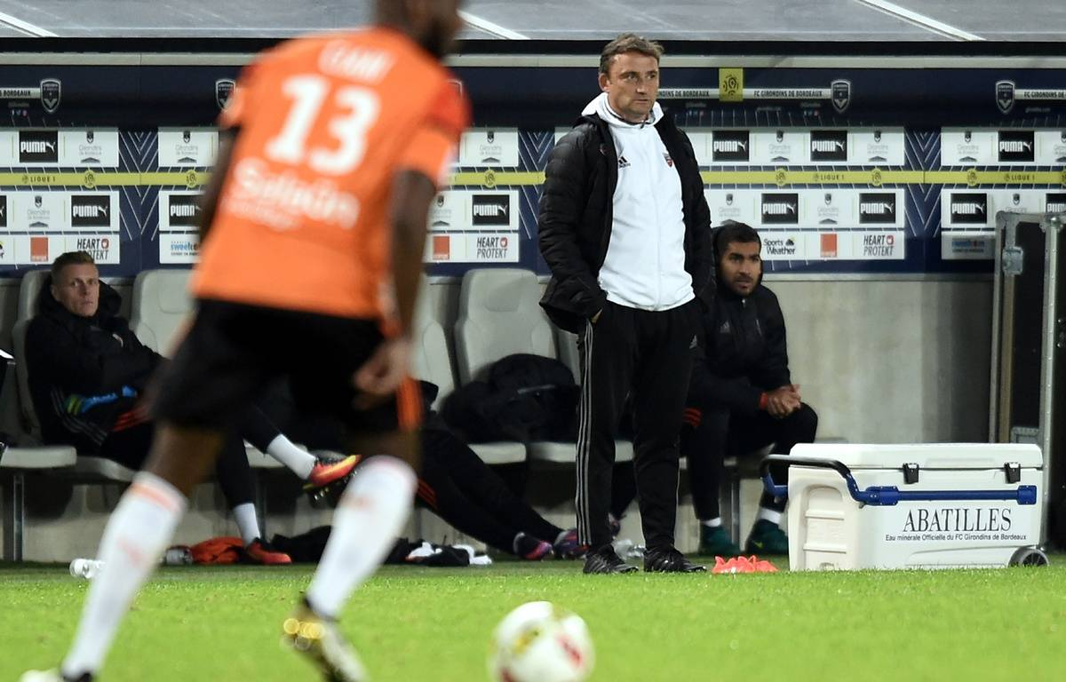 Finest luentraneur intrimaire du fc lorient franck haise for Lorient match