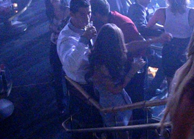 Cristiano Ronaldo au club Rain de Las Vegas, en 2009, avec Kathryn Mayorga, qui l'accuse de viol.
