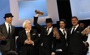 L'équipe du film Un prophète avec ses différents Cesar, samedi 27février.