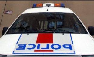 Une dizaine de personnes ont été interpellées mercredi matin simultanément dans le sud de la France et en Italie dans le cadre d'une enquête portant sur le financement du terrorisme d'origine islamiste, a-t-on appris à Paris de sources proches du dossier.