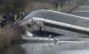 La rame d'essai du TGV a déraillé au niveau d'Eckwersheim, à quelques kilomètres de Strasbourg.