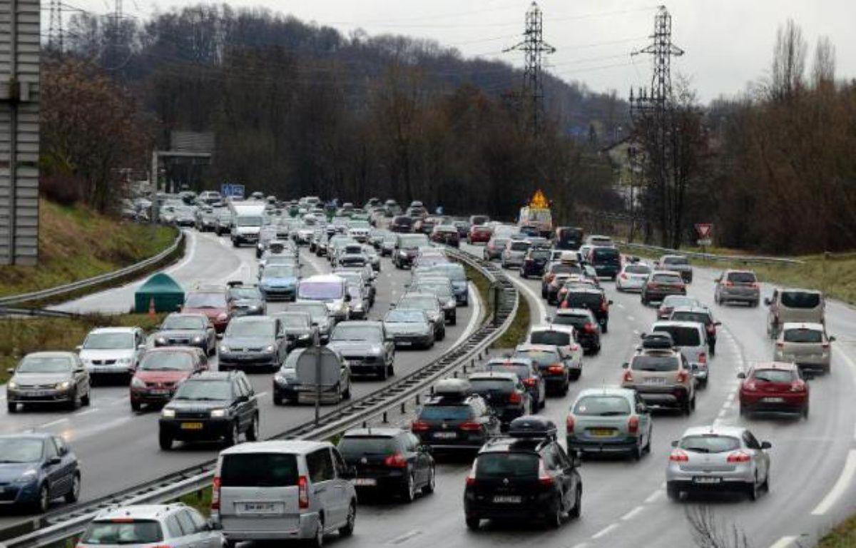 Ralentissements sur l'autoroute A43 près de Chambery, le 1er mars 2014 – Jean-Pierre Clatot AFP