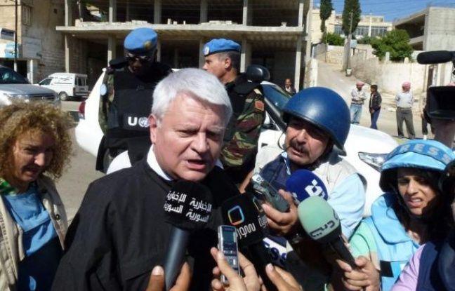 """""""Pour le moment, tout en suspendant ses activités, nous avons décidé de ne pas toucher à la mission, à son mandat"""", a déclaré le chef des opérations de maintien de la paix de l'ONU Hervé Ladsous après une réunion du Conseil de sécurité au cours de laquelle le chef de cette mission baptisée Misnus s'est exprimé."""