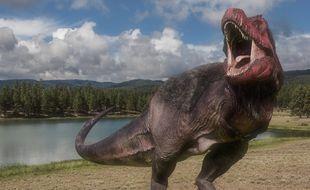 Un parc d'attractions baptisé Dinosaurs In The Wild sur le thème des dinosaures ouvrira cet été 2017 au Royaume-Uni.