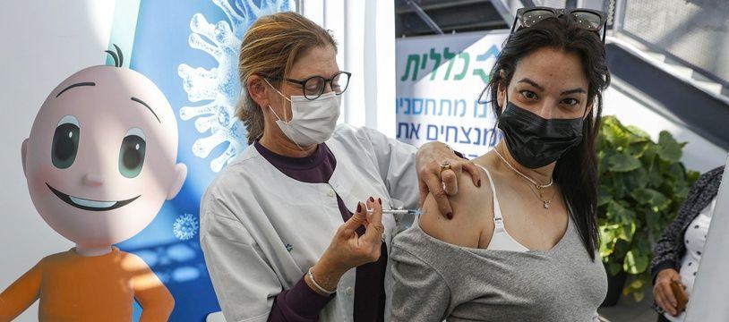 A l'instar d'Israël, la Belgique vient d'inclure les femmes enceintes dans les populations éligibles à la vaccination anti-Covid.