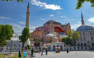 Sainte-Sophie, site classé au patrimoine mondial de l'Unesco, est l'une des principales attractions touristiques d'Istanbul.