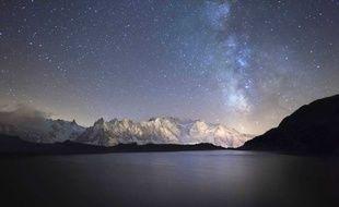 Lactée De Tiers Voie La Peut LumineuseUn Ne Pollution Voir L'humanité UpMzqSV