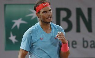 Nadal s'est imposé contre Sinner en quarts de finale de Roland-Garros.