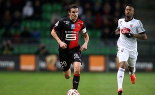 Romain Danzé, lors de Rennes-Lorient en novembre 2014, match dont le coup d'envoi avait été donné par Yves Boutet.