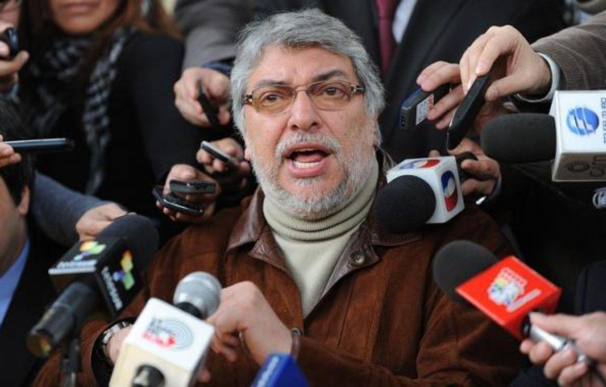 L'ex-président du Paraguay Fernando Lugo, destitué vendredi par le Parlement, a indiqué qu'il n'écartait pas la possibilité d'être à nouveau candidat à la présidentielle de 2013, dans un entretien publié jeudi par le quotidien brésilien Folha de Sao Paulo. – Norberto Duarte afp.com