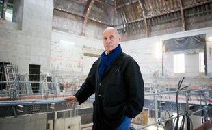 L'architecte bordelais Olivier Brochet au milieu des travaux du musée de l'Homme