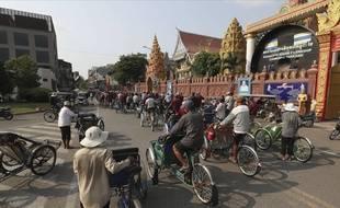 Dans une rue de Phnom Penh, au Cambodge.