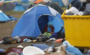 Une migrante au camp de Roszke, sen Hongrie le 11 septembre 2015. AP Photo/Darko Vojinovic.