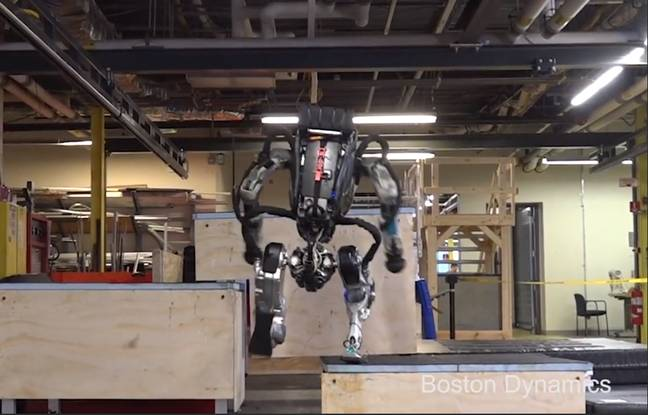 VIDEO. Atlas, le robot de Boston Dynamics, se met au parkour