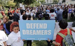 Manifestation de soutien aux jeunes sans-papiers bénéficiant du programme Dacca, devant le capitole à Washington le 26 septembre 2017.