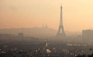 Paris dans un nuage de pollution, le 26 mars 2012.