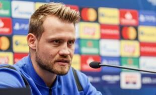 Simon Mignolet, le gardien de Bruges, en conférence de presse.