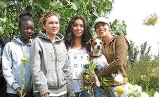 Parmi les six adolescents ayant participé au chantier, quatre jeunes filles.