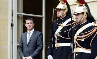 Le Premier ministre, Manuel Valls, sur le perron de l'Hôtel Matignon, à Paris le 26 janvier 2015