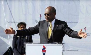 Herman Cain, qui vient de retirer sa candidature à l'investiture républicaine pour la présidentielle de novembre 2012, s'apprête à soutenir l'actuel favori des sondages Newt Gingrich, selon des informations de presse.