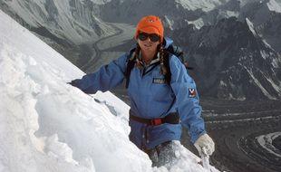 Martine Rolland a obtenu son diplôme de guide de haute montagne en 1983.