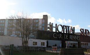 L'entrée de l'Hôpital Sud à Rennes.