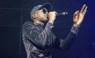 Le rappeur MHD lors d'un concert à l'AccorHotels Arena de Paris, le 17 mars 2018.
