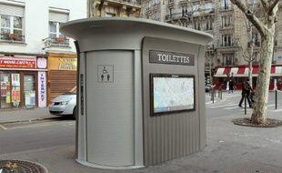 Un sanitaire à entretien automatique de JCDecaux.