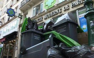 Paris: 4e jour de grève des éboueurs