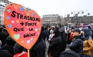 Le rassemblement en hommage aux victimes de l'attentat de Strasbourg, Place Kleber, le 16 décembre 2018.