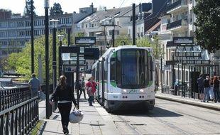A Nantes, le 13 avril 2015- La station de tram Motte rouge, sur la ligne 2